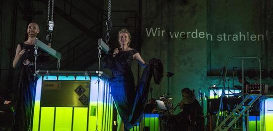 vlnr.: Niels Bormann (Schauspiel), Caroline Peters (Schauspiel), Copyright: Caroline Seidel