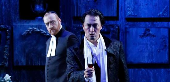 Marc Kugel (Raimondo), Kyung Chun Kim (Enrico), Copyright: Peter Litvai