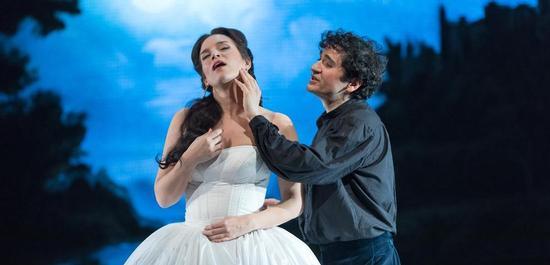 Fabienne Conrad (Prinzessin Marie de Gonzague), Mathias Vidal (Marquis de Cinq-Mars), Copyright: Tom Schulze