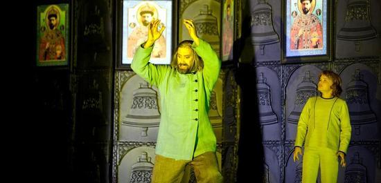 Ain Anger (Boris Godunow) und JUlius Röttger(Fjodor), Copyright: Bernd Uhlig