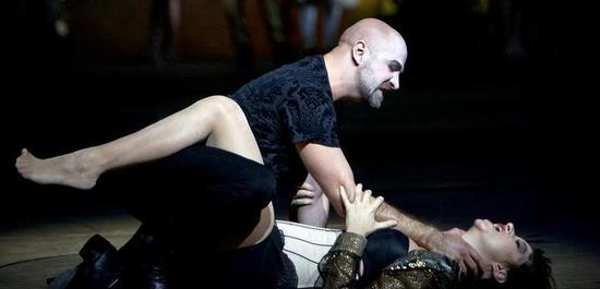 Max Emanuel Cencic (Nerone), Anna Prohaska (Poppea), Copyright: Bernd Uhlig