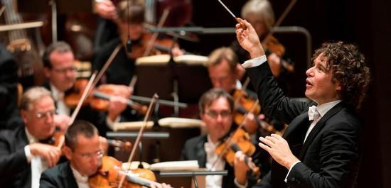 Chefdirigent Robin Ticciati leitet das Deutsche Symphonie-Orchester Berlin im Rahmen des Musikfests, Copyright: Kai Bienert