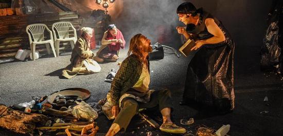Kai Wessel, Miljenko Turk, Statisterie Oper Köln, Copyright: Hans-Jörg Michel