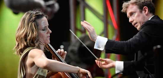 Solistin Sol Gabetta, Daniel Harding, Copyright: Markus Schlaf