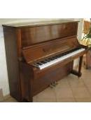 Details zu Yamaha-Klavier U1