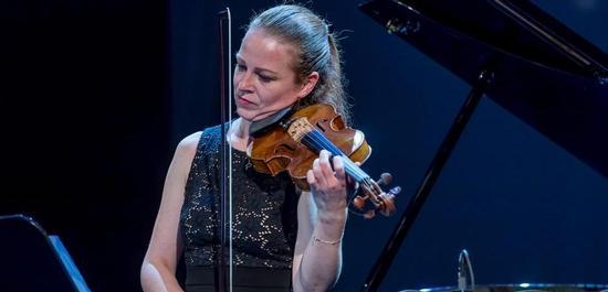 Carolin Widmann, © Steffen Leiprecht