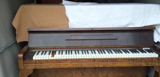 21 geschmuggelte Klaviere haben die Zollbeamten entdeckt., © Hauptzollamt Singen