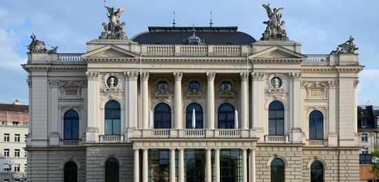 Opernhaus Zürich, © Roland zh