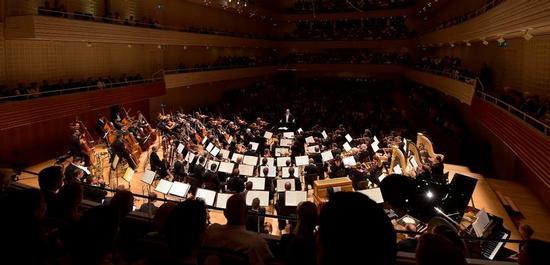 Das Lucerne Festival Orchestra unter der Leitung von Riccardo Chailly., © Peter Fischli