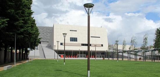 Piazza del nuovo teatro dell'opera, © Sailko