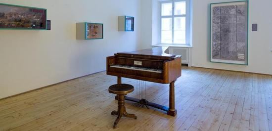Hammerflügel im Beethovenhaus Baden, © Christian Schoerg