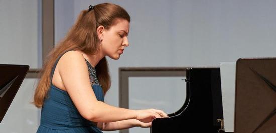 Pianistin Elisabeth Waglechner, © Christian Schneider