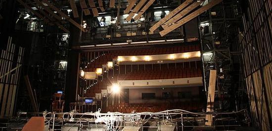 Blick in den Zuschauerraum der Oper Wuppertal, © Frank Vincentz