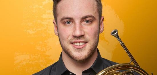 Hornist Daniel Loipold, © Christian Schneider