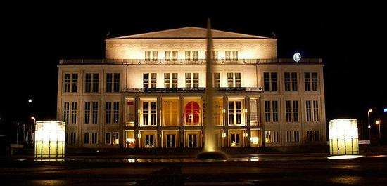 Opernhaus Leipzig, © Jaimrsilva