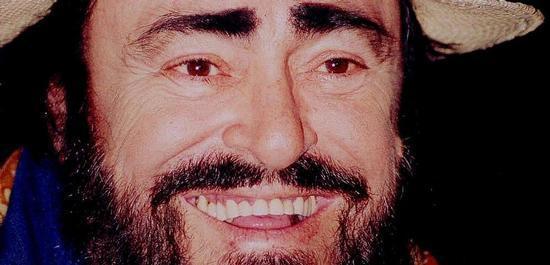 Tenor Luciano Pavarotti (1935-2007), © John Mathew Smith