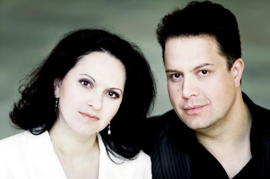 Klavierduo Genova & Dimitrov, Photo: Irene Zandel