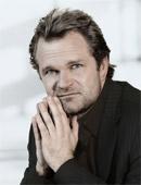 Zum Interview mit Sebastian Knauer...