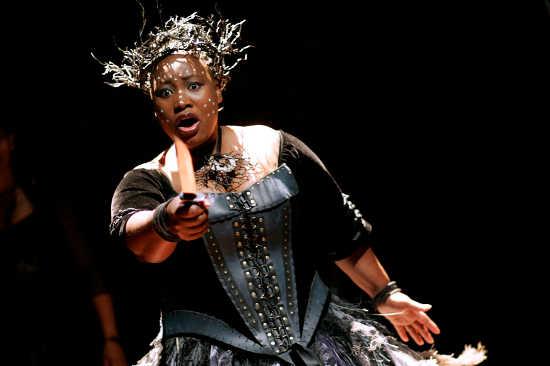 Queen of the Night, Pauline Malefane (photographer Keith Pattison)